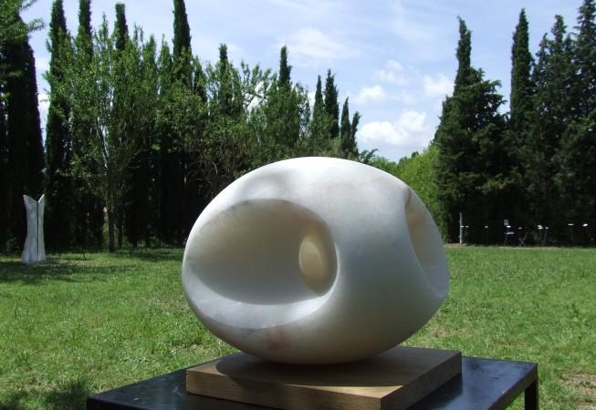 Galet de lumière II, albâtre, 30cmx25cmx19cm