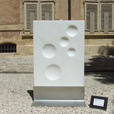 Nature morte, marbre blanc Brésil, 96cmx61cmx40cm